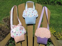 Little Girls Cupcake Purse Pattern Felt Purse Pattern Cupcake Gift Bag Party Favor PDF Tutorial How To ePattern. $5.00, via Etsy.