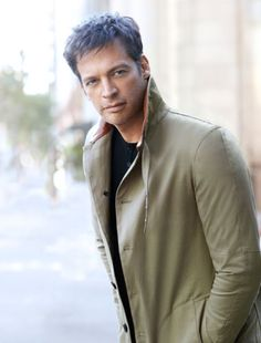 The famed jazz musician talks about getting older, his new CD, and what all that American Idol ruckus was about. #harryconnickjr