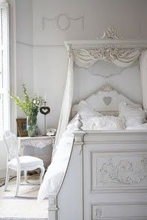 LIA Leuk Interieur Advies/Lovely Interior Advice: Romantic white interior