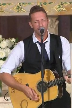 Chris Martin Performed Coldplay Song At Beau Biden's Funeral