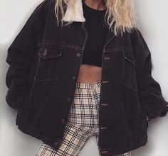 I really like the oversized jacket. I would want it in black or jean but I'm leaning toward black.