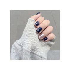 MARINE - VERNIS PERMANENT 5ML - https://www.rituel-manucure.com/couleur-therapie-5ml/5551-marine-vernis-permanent-3663834141423.html