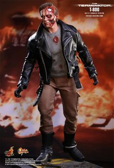 Damaged Terminator T-800 (Hot Toys)