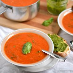 Roasted Tomato and Garlic Soup http://www.prevention.com/food/low-calorie-vegetable-soups/roasted-tomato-and-garlic-soup