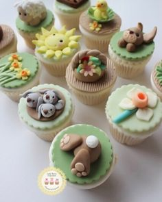 Looking for some Easter fun? How about joining the Easter Cupcake Class & making these cuties? Easter Bunny Cupcakes, Easter Cookies, Easter Treats, Halloween Baking, Holiday Baking, Fondant Cupcake Toppers, Cupcake Cakes, Yummy Cupcakes, Egg Cupcakes