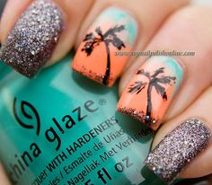 Summer nails - Nail art featuring palms - My Nail Polish Online Get Nails, Fancy Nails, Love Nails, Fabulous Nails, Gorgeous Nails, Pretty Nails, Beach Themed Nails, Palm Tree Nails, Nails With Palm Trees