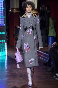 Kenzo Fall 2016 Ready-to-Wear Fashion Show - Damaris Goddrie