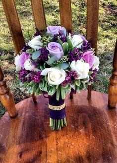 best wedding flowers ideas - Page 60 of 94 - Cute Wedding Ideas Purple Wedding Bouquets, White Wedding Flowers, Bride Bouquets, Bridal Flowers, Floral Wedding, Wedding Colors, Purple Flower Centerpieces, Purple Flower Bouquet, Plum Wedding Centerpieces