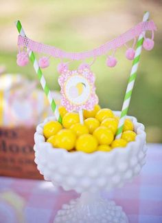 Lemonade Stand Party; candy bunting