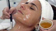 Máscara facial caseira para pele oleosa e com acne