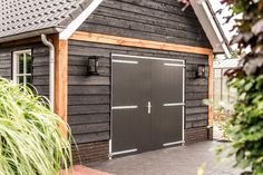 Carport Garage, Garage Doors, Cottage, Garage Ideas, Shop Ideas, Outdoor Decor, Garden, House, Home Decor