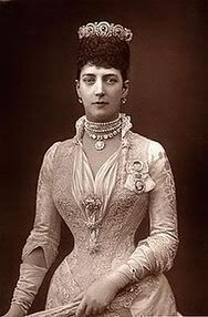 Queen Alexandra wearing the mystery tiara that had amethyst stones.
