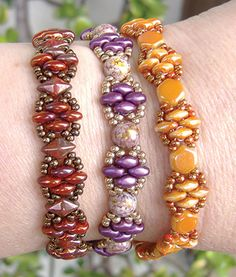 Silky Stacker free pattern at AroundTheBeadingTable.com ~ Beading Jewelry Tutorials