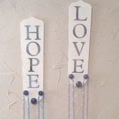 Fun idea from a friend's wife. great use for old ceiling fan blades. Check out her other great items on Facebook. Rags2Retro :)