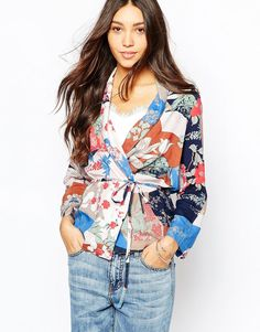 Vila Geo Print Kimono. Could be cute to throw on over a basic.
