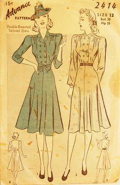 Vintage 1940s Advance Misses' Dress Pattern par NostalgiaVintage2, $11,50