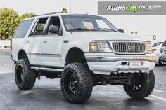 1998 Ford Expedition RBP Wheels Glock Gloss Black Milled Accents with Lift Kit Suspension for Off-Road 4x4, Lincoln Aviator, Ford Excursion, Ford Pickup Trucks, Compact Suv, Ford Expedition, Lift Kits, Lifted Ford, Ford Explorer