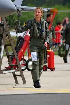 Female Military Pilots