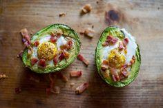 Avokádóban sült tojás :: Paleország :: Recepttár