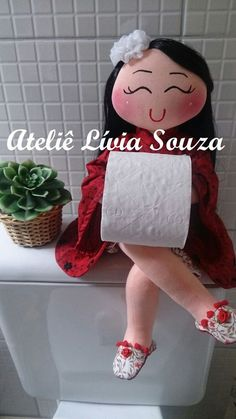 Geri Dönüşüm Projeleri Sewing Crafts, Sewing Projects, Toilet Paper Crafts, Craft Box, Crochet Home, Soft Sculpture, Fabric Dolls, Doll Patterns, Beautiful Dolls