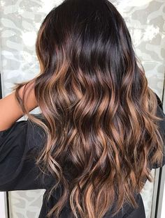 60 Chocolate Brown Hair Color Ideas for Brunettes Long Brown Layers with Butterscotch Balayage Dark Brunette Balayage Hair, Brunette Color, Brown Balayage, Brown Blonde Hair, Light Brown Hair, Hair Color Balayage, Ombre Hair Color For Brunettes, Summer Brunette, Dark Ombre Hair