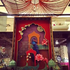 41 Ideas for wallpaper bedroom vintage interior design Wallpaper Bedroom Vintage, New Wallpaper, Ganpati Decoration Design, Ganapati Decoration, Indian Interiors, Vintage Interior Design, Vintage Display, Boutique Interior, Festival Decorations
