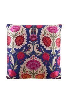 Luxury, Designer Home Decor - Cushion Inserts & Decorative Pillows | Goodearth.in