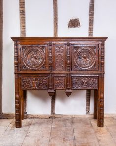 Rare small renaissance buffet, circa 1520 - 1530. Marhamchurch antiques