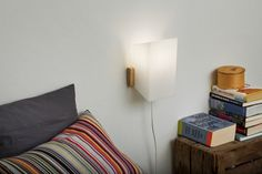 Maija wall lamp by Yki Nummi from side.