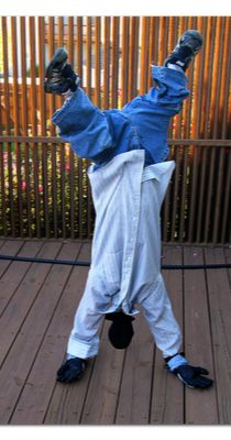 a quick and easy no-sew costume from items you already have - um, yeah!  upside-down man costume