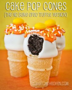 Halloween Cake Pop Cones.  No bake, so cute, and easier than cake pops as there is no stick to mess with!