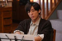 高橋一生「カルテット」第1話より(C)TBS