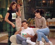 Serie Friends, Friends Cast, Friends Moments, Friends Show, Best Tv Shows, Movies And Tv Shows, Friends Poster, Friend Outfits, Friends Fashion