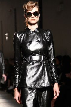 See detail photos for Bottega Veneta Fall 2017 Ready-to-Wear collection.