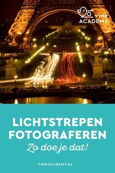 Fotografietips voor beginners: Lichtstrepen van auto's fotografeer je met statief en een lange sluitertijd van een paar seconden. De auto is zelf niet meer zichtbaar maar de koplampen en achterlichten wel.
