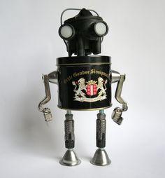 https://flic.kr/p/pHSi2b | Black berry robot | sculpture assemblage robot