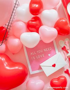 Valentine Backdrop, Valentines Balloons, Valentines Day Baby, Valentines Day Photos, Valentines Day Decorations, Qualatex Balloons, Helium Balloons, Valentine Picture, Heart Balloons
