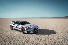 [画像]独BMW、北米進出40周年を記念した「3.0 CSL オマージュR」 / ディスプレイ付ヘルメットやレーシングスーツなども設計 - Car Watch