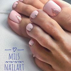 Over 50 Incredible Toe Nail Designs for Your Perfect Feet - Nails Glitter Toe Nails, Pink Toe Nails, Pretty Toe Nails, Toe Nail Color, Cute Toe Nails, Summer Toe Nails, Pink Toes, Feet Nails, Toe Nail Art