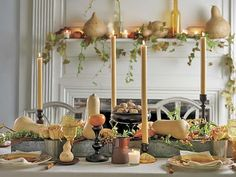 A soft colour palette for a Thanksgiving table