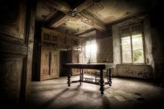 Cool Abandoned Places In The World 11 - Glorious Mind