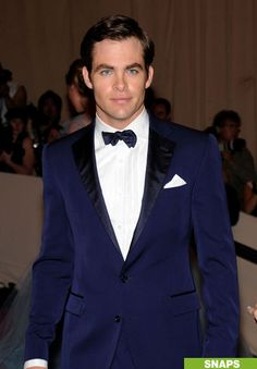Chris Pine: MET Ball with Elizabeth Banks!: Photo Chris Pine suits up in a Polo Ralph Lauren navy tuxedo for the MET Ball held at NYC's Metropolitan Museum of Art on Monday (May The Star Trek… Tuxedo Bow Tie, Prom Tuxedo, Wedding Men, Wedding Suits, Blue Wedding, Wedding Ideas, Wedding Tuxedos, Wedding Attire, Fall Wedding