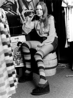 Hot Pants, striped long stocks and platform shoes....yeap!  UK 70s