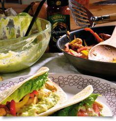 Fajitas με κοτόπουλο Mexican Food Recipes, Ethnic Recipes, Fajitas, Tacos, Foods, Gourmet, Food Food, Food Items, Mexican Recipes