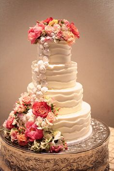 Stunning & Romantic White Cake