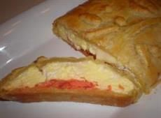 Christmas Morning Breakfast~Eggs and Smoked Salmon in Puff Pastry Italian Breakfast, Make Ahead Breakfast, Brunch Recipes, Breakfast Recipes, Breakfast Ideas, Italian Christmas Dinner, Christmas Eve, Salmon In Puff Pastry, Brunch Egg Dishes