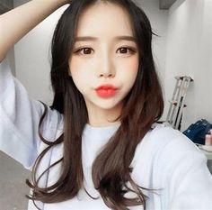 Hoá ra nhan sắc xinh đẹp của cô nàng nổi tiếng khắp Hàn Quốc này là sản phẩm của... PTTM! - Ảnh 1.