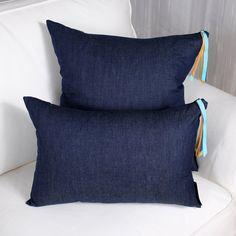 ERATO cushion Making Out, Tassels, Throw Pillows, Cotton, Toss Pillows, Tassel, Decorative Pillows, Decor Pillows, Scatter Cushions