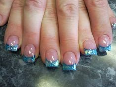 turquoise shell nails--for the beach!