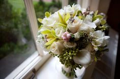 Great bouquet of creams and greens